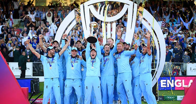 England celebrating the Cricket World Cup victory